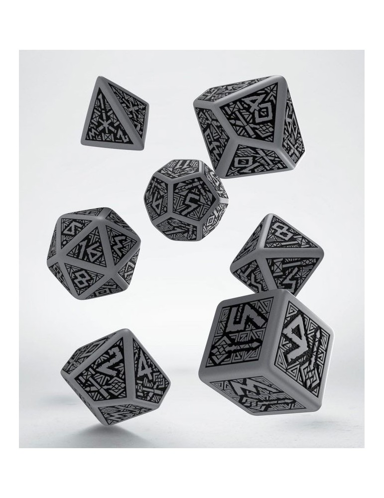 Set de dados Dwarven gris y negro (7)