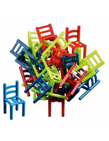 Sillas sobre sillas