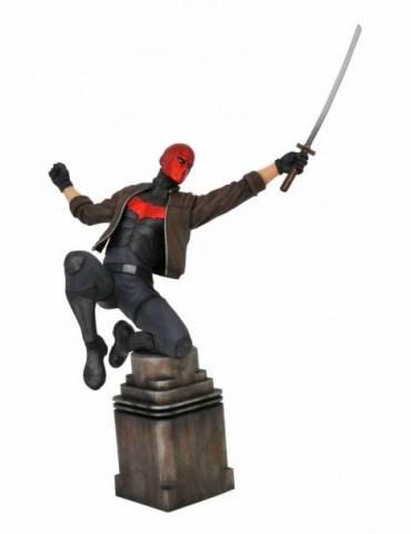 Figura Diorama DC Comic Gallery: Red Hood 23 cm