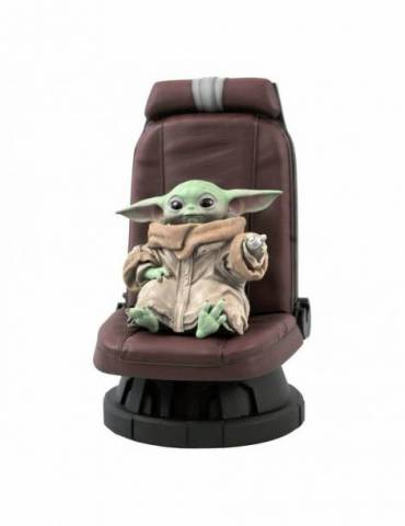 Figura Star Wars The Mandalorian Premier Collection: The Child in Chair 30 cm